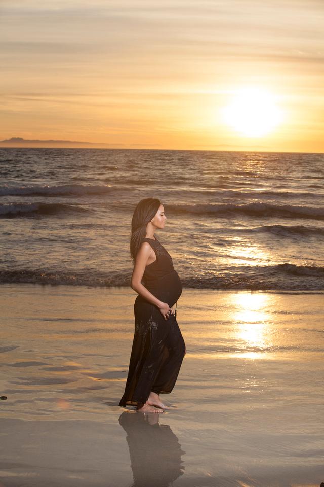 Maternity Photographer Newport Beach Photography Studio