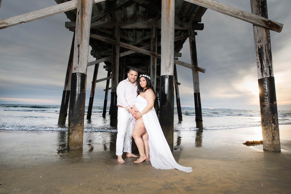 maternity photographer newport beach pier HG4A6648_pp